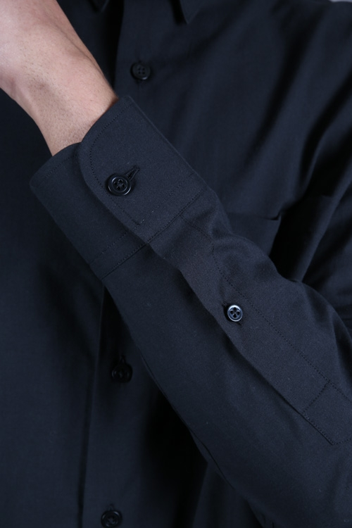 ami-paris-chemise-large-noir-7.jpg