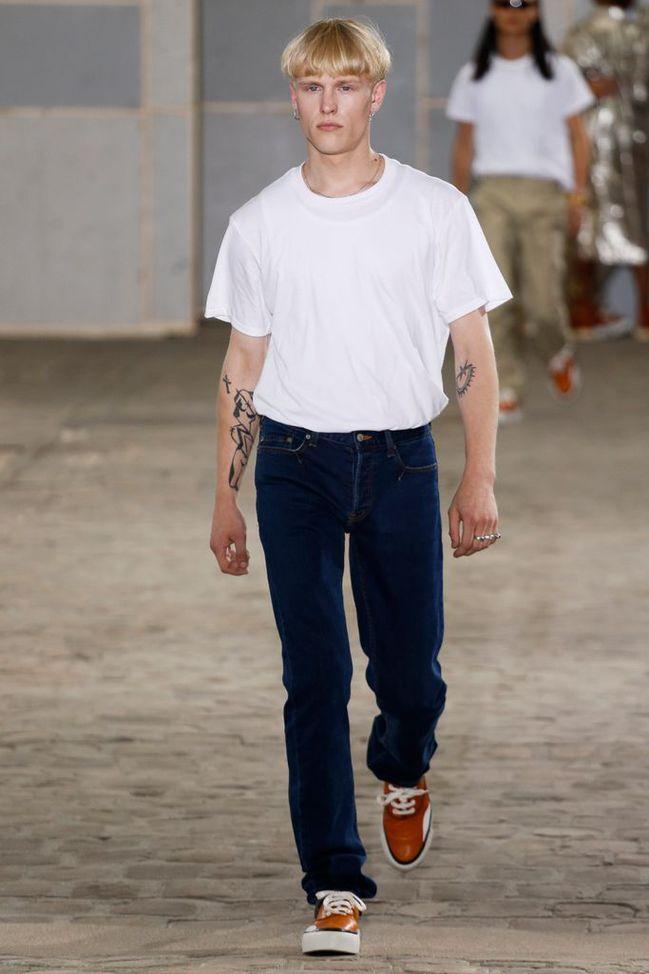 JULIEN_DAVID_2018SS_Men_s_Collection_runway_gallery-1.jpg