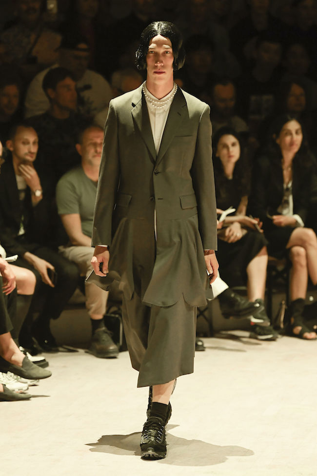 COMME-DES-GARCONS-HOMME-PLUS-2020SPRING-SUMMER-MENS-COLLECTION-002.jpg